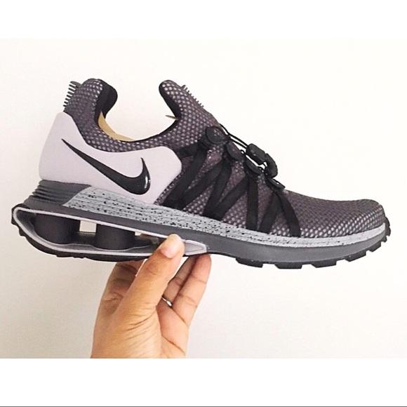 497736c2231 Men's Nike Shox Gravity Shoes Atmosphere Grey 10 NWT